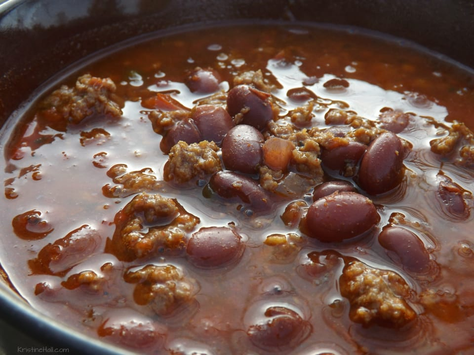 · This easy chili recipe is the best crockpot chili ever! Slow cooks all day for an amazing flavor that everyone will be sure to love. It will be your go-to recipe for an easy chili libraryhumor.mlgs: